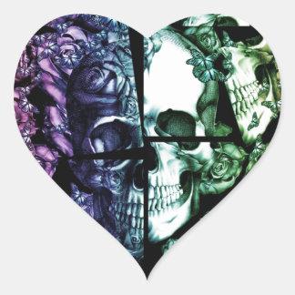 Quebrado acima do crânio desvanecido do arco-íris adesivo coração