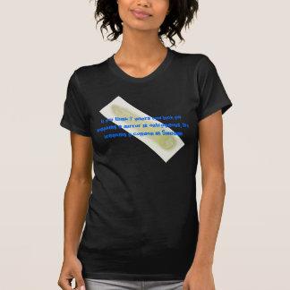 Quebrando um preservativo na suecia… camiseta