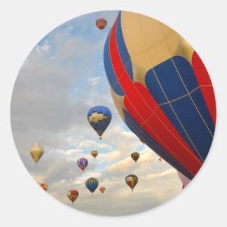 Raças do balão de ar quente de Nevada Adesivo Redondo