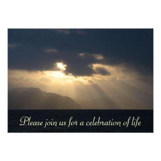 Raio do anúncio da cerimonia comemorativa da luz convite personalizados