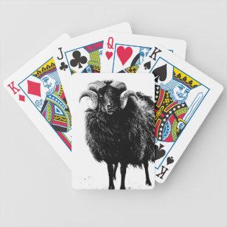 Ram preta baralhos de cartas