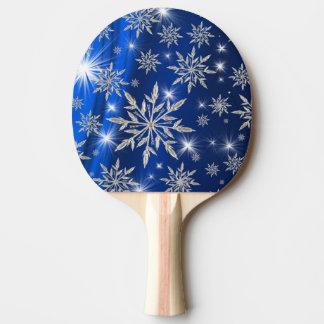 Raquete De Ping-pong Estrelas azuis do Natal com o cristal de gelo