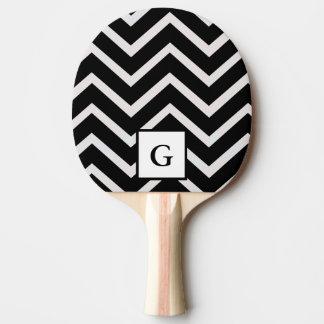 Raquete Para Ping Pong Letra G em ziguezagues preto e branco
