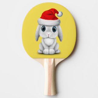 Raquete Para Tênis De Mesa Coelho branco do bebê que veste um chapéu do papai
