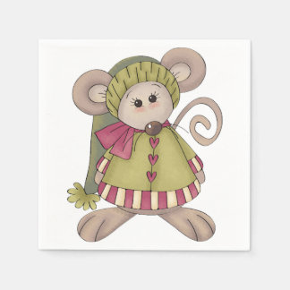 Rato vestido acima dos guardanapo de papel