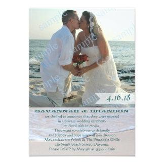 Recepção do anúncio do casamento da foto da praia convite 12.7 x 17.78cm