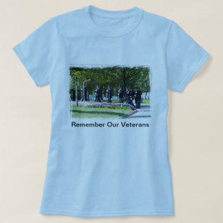 Recorde nossos veteranos tshirts