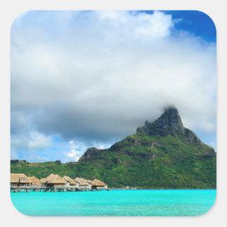 Recurso tropical na etiqueta quadrada de Bora Bora Adesivo Quadrado