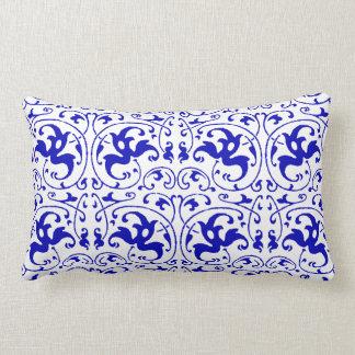 Redemoinho azul e branco do vintage almofada lombar