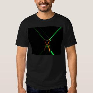reflexão verde do raio laser t-shirts