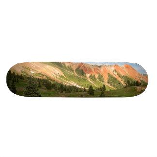 Reflexão vermelha da montanha shape de skate 19,7cm