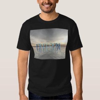Reflexões da liberdade camisetas