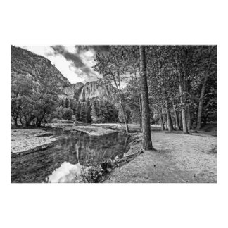 Reflexões de Yosemite Falls preto branco Foto Artes