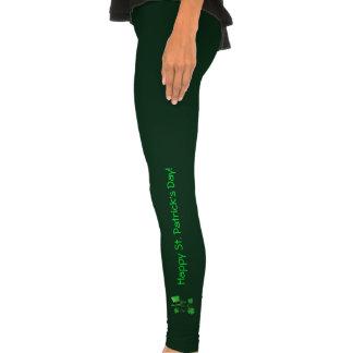 Refrigere o texto verde do dia do St. Patricks dos Calças Justas