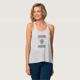 Regata A enfermeira de Canadá Redline o Tshirt