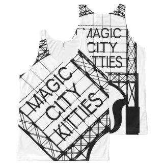 Regata Com Estampa Completa Gatinhos mágicos da cidade por todo o lado no