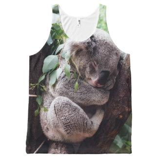 Regata Com Estampa Completa Urso de Koala bonito que relaxa em uma árvore