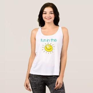Regata Divertimento de sorriso de Sun na camisola de