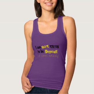 Regata eu não estou tentando ser tshirt-design engraçado
