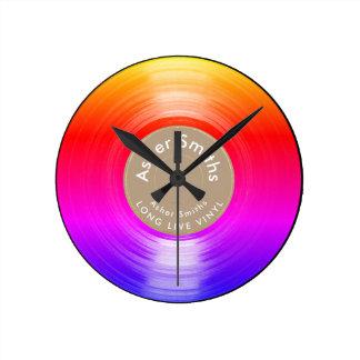 registro de vinil, um colorido relógios de pendurar