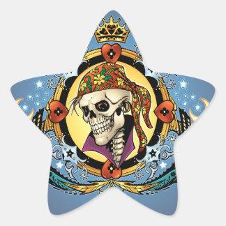 Rei Crânio Pirata com corações pelo Al Rio Adesivo Em Forma De Estrela