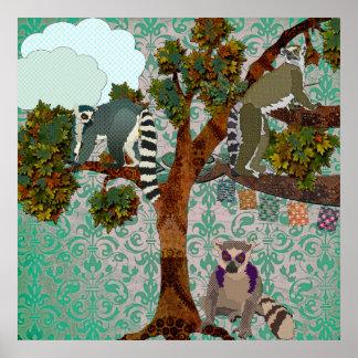 Rei Jullian & Lemurs para fora em um damasco P do  Posteres