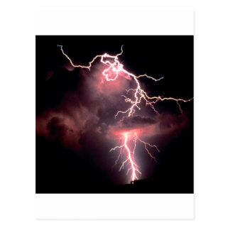 Relâmpago elétrico da noite do céu cartão postal