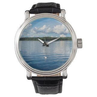 Relógio Arquipélago na costa de mar Báltico na suecia