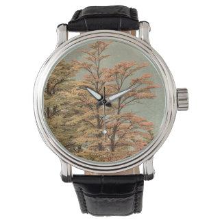 Relógio Árvores coloridas cena da paisagem no lago glacier