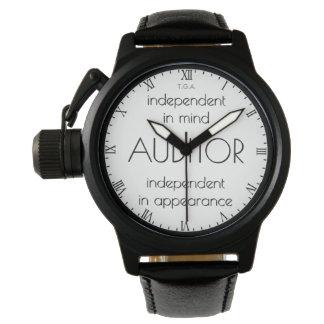 """Relógio """"Auditor: Independente na mente & na aparência """""""