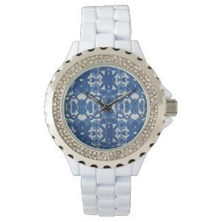 Relógio branco com o w/rhinostones azul e branco