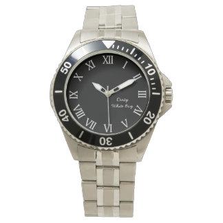 Relógio branco sujo do menino