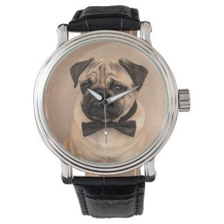 Relógio Cão do Pug da jovem corça com laço. Pulso de