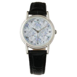 Relógio clássico rosado azul do teste padrão de