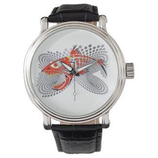 Relógio com design moderno de um peixe irritado
