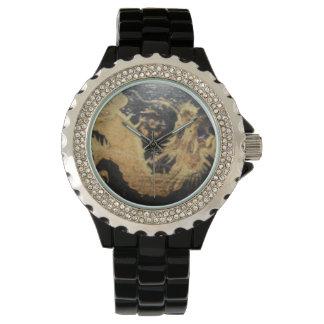 Relógio com dragão preto, banda preta, cristais de