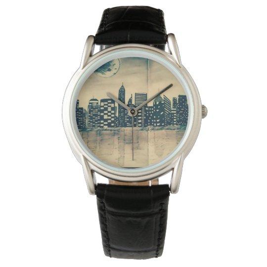 relógio com fundo de cidade