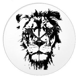 Relógio com o leão preto e branco do impressão