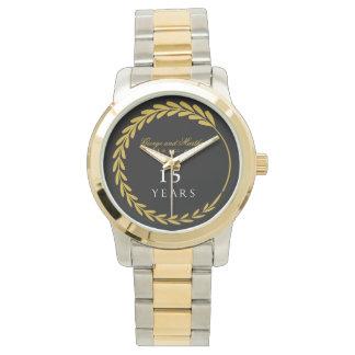 Relógio Comemorando o 15o aniversário. Customizable.