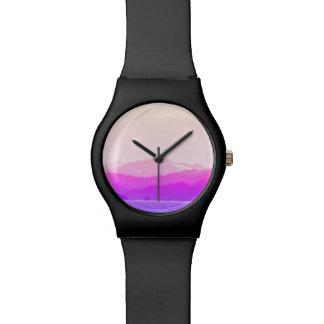 Relógio cor-de-rosa das montanhas