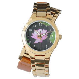 Relógio cor-de-rosa de Lotus Waterlily