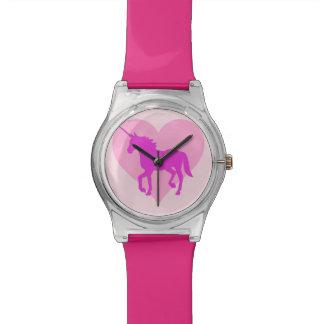 Relógio cor-de-rosa do coração do unicórnio