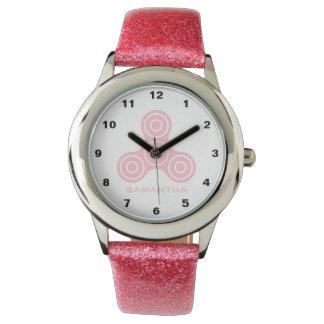 Relógio cor-de-rosa dos miúdos do design do