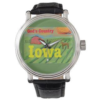 Relógio da fazenda do país do estado de Iowa do