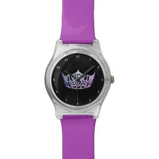 Relógio da senhorita América Lilac coroa o 28 de