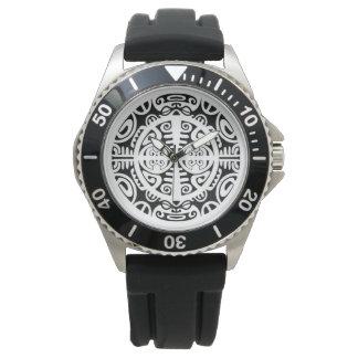 Relógio de aço inoxidável com a cara maori do