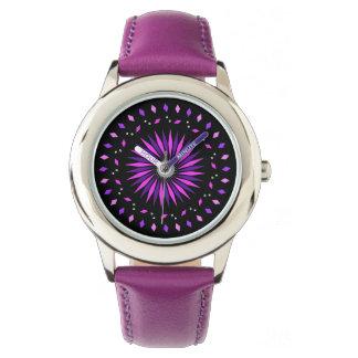 Relógio de néon cósmico roxo cor-de-rosa dos