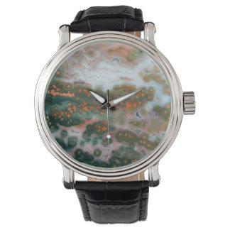 Relógio de pedra preciosa