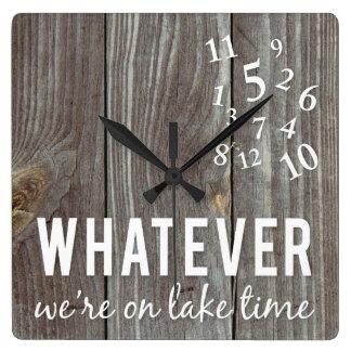 Relógio de ponto do lago