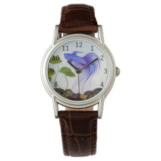 Relógio de pulso azul dos peixes de Betta